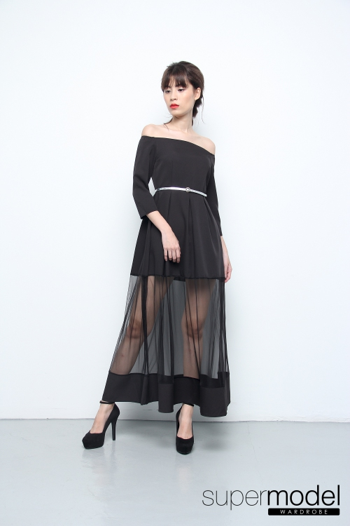 Tia Off Shoulder Long Dress (Black)