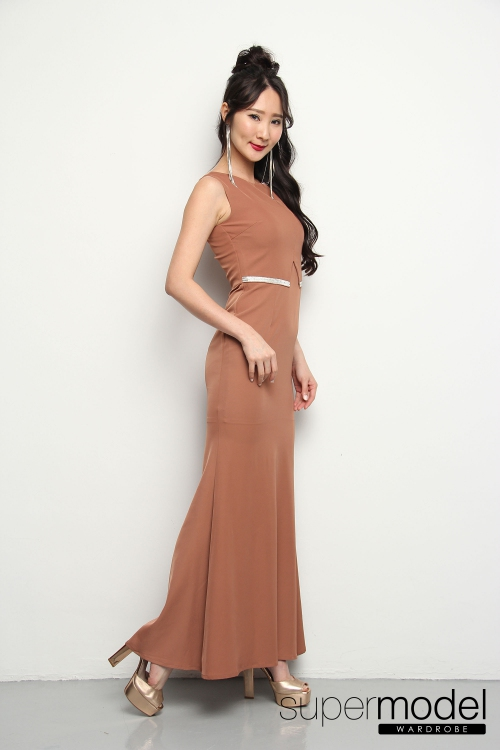Teagan Diamond Waist Long Dress (Brown)