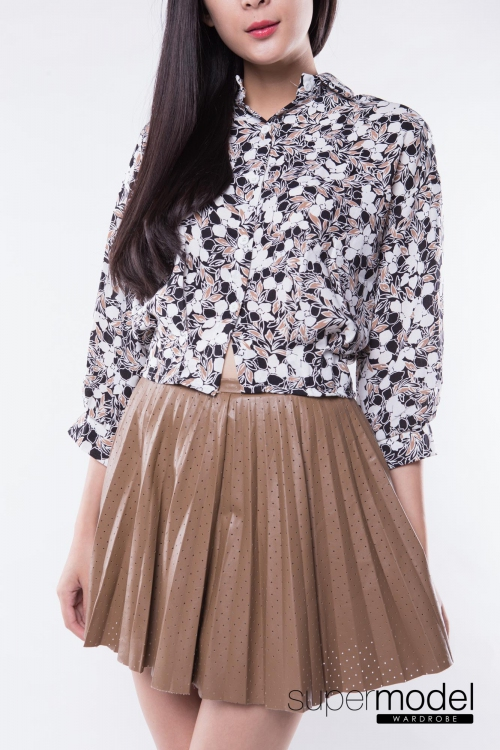 Tara Pleated Leather Skirt (Brown)