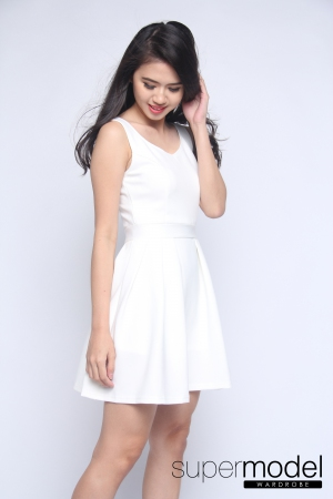 Berrie Skater Dress (White)