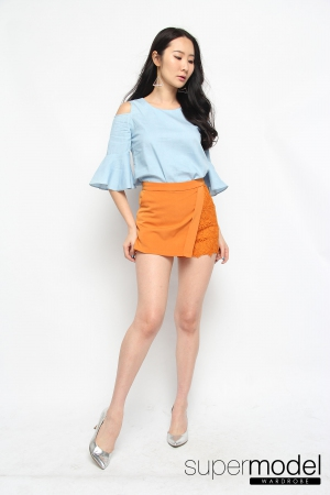 Cindy Cold-Shoulder Top (Light Blue)