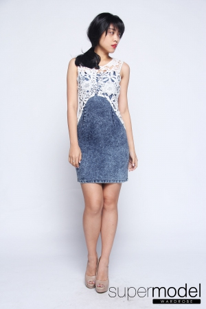 Koemi Denim Dress (Light Blue)