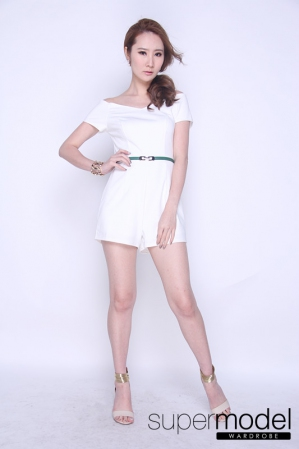 Eopsin Shoulder Off Romper (White)